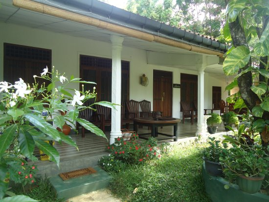 Bangalawa Guest House: main photo of guest house