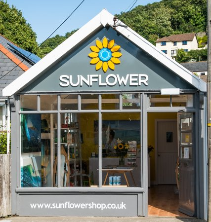 Braunton, UK: We look forward to seeing you at Sunflower.