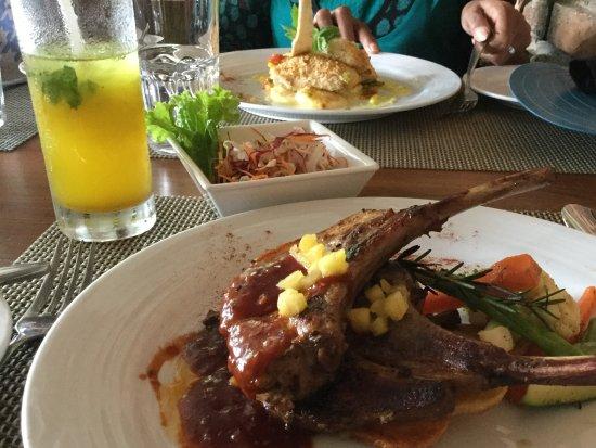 Sri Jayawardenepura, Sri Lanka: Pork loin chops with salad