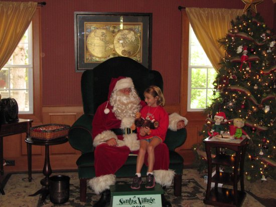 Jefferson, NH: meeting Santa