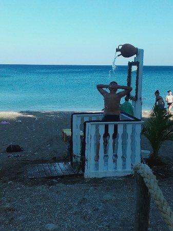 Archangelos, Yunanistan: Stigmes apo limioni