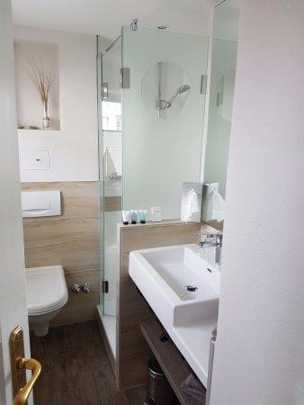 Hotel Uthland: Badezimmer