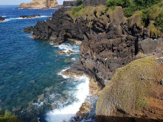 Porto Moniz Natural Swimming Pools: 20160718_172622_large.jpg