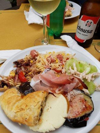 Cafe Chiara