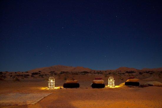 Hassilabied, Marokko: Firebone at night