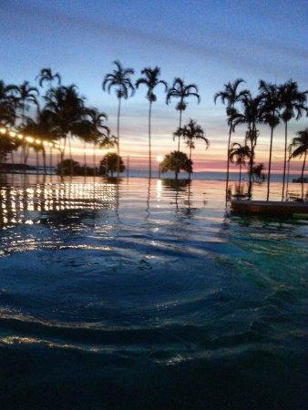 Skycity Darwin: Infinity pool