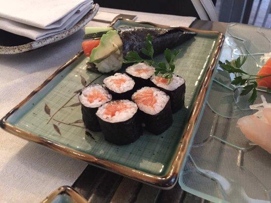 Haiku : Uramaki e Temaki Salmon