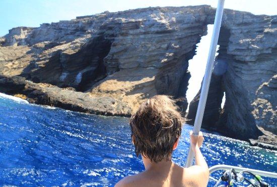 Fathom Five Divers : Lehua crater, just off coast of Ni'ihau