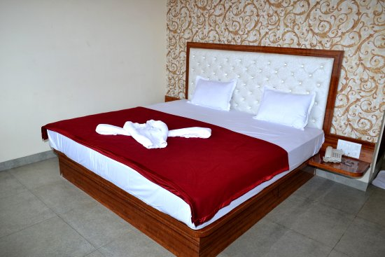 OYO 6476 Hotel Panchgani Holiday Home