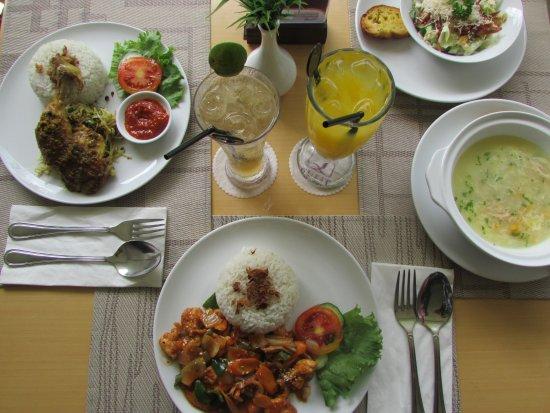 كويست هوتل كوتا: My lunch in Basil Restaurant, nice experience and their dish so tasty