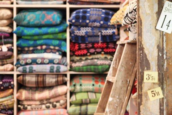 Tregaron, UK: choose from 100s of cushions