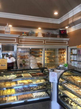 Mozzicato -De Pasquale's Baker