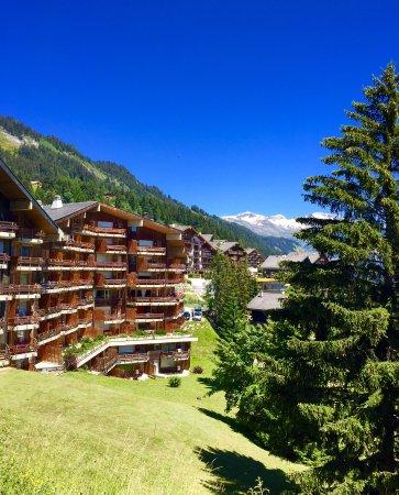 Anzère, Suiza: Face sud de l'hôtel