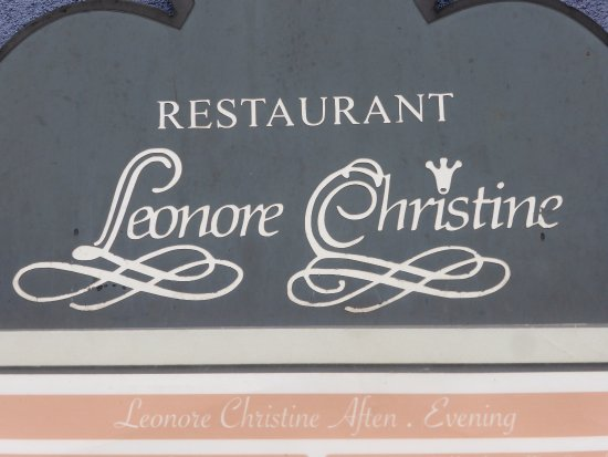 Leonore Christine : Restaurant Sign