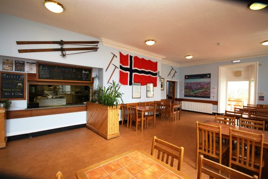 Cairngorm Lodge Youth Hostel: Dining Area