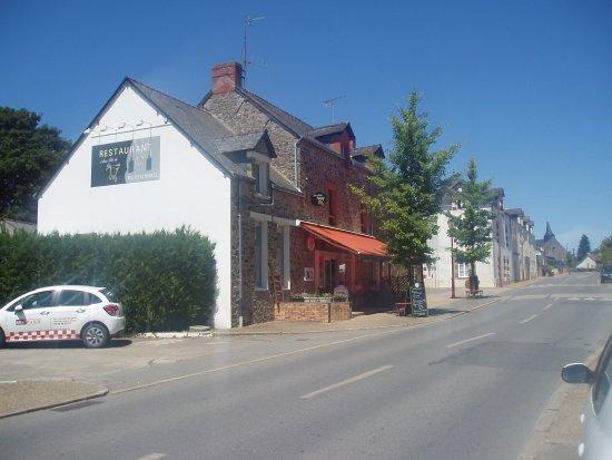 """Missillac, France: le restaurant """"aux petits gourmets"""""""