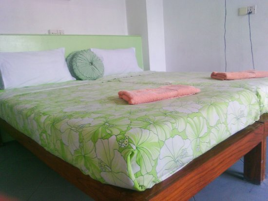 ‪‪Asmita Bed & Breakfast‬: Our Double Bed Guestroom with clean,comfortable beds and plenty of sunshine‬