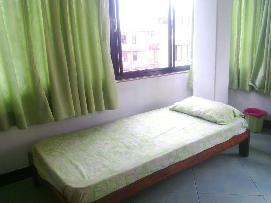 Asmita Bed & Breakfast: Good rest and sleep on a good extra bed for just a little extra