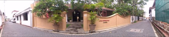 Galle Heritage Villa by Jetwing: Street view :-)