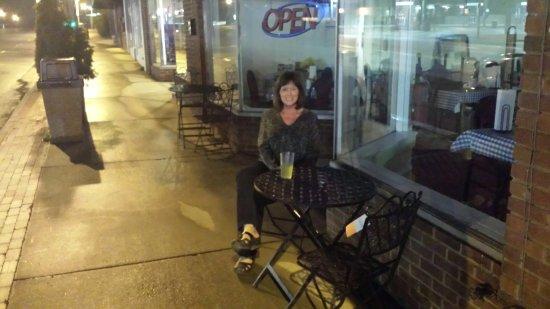 Conover, Kuzey Carolina: Cafe . Eat local