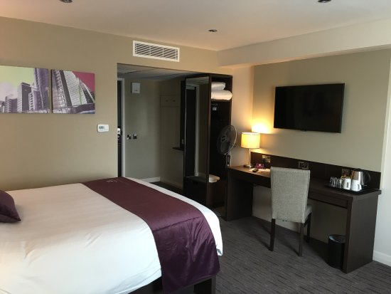 Premier inn bedrooms