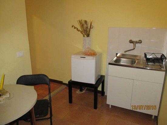 B&B A Casa Di Al & Ga: кухня в номере