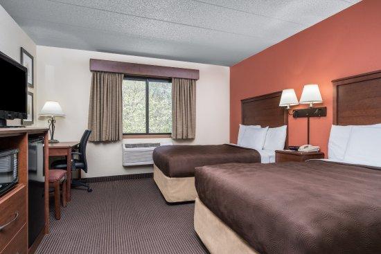 AmericInn Lodge & Suites Tofte - Lake Superior: Two Double Handicap Accessible Guest Room