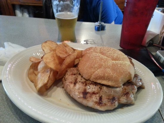 Sheffield, IL: Pork Chop Sandwich, hand cut chips, and a Goose Island 312