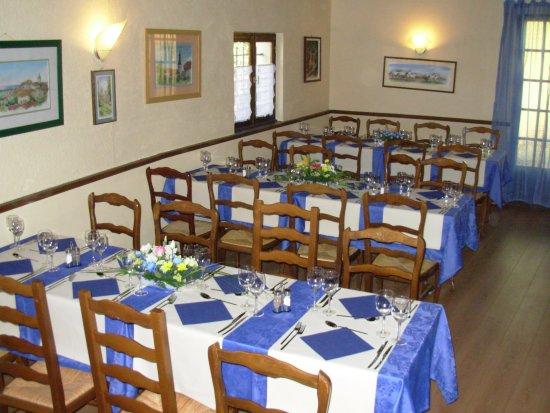 Veigy-Foncenex, France : La salle intérieure pour les événements particuliers