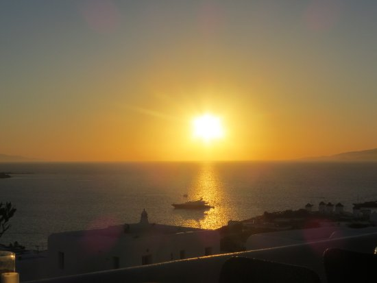 Aegean Hotel: Sunset as seen from the pool