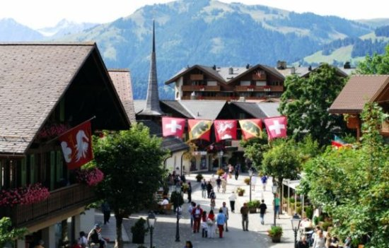 Schonried, Swiss: 5 km to Gstaad