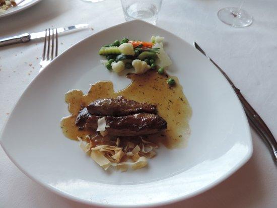 Malbuisson, Prancis: filet d'agneau aux thym