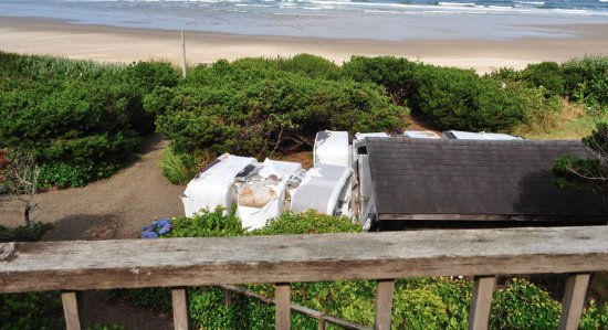 Cape Cod Cottages: Lovely view of old hot tubs from the deck.