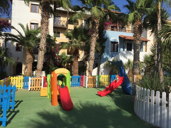 Apartments Minoa: Hotel play area for the little ones! Great place and friendly personnel