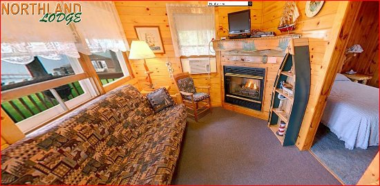 Walker, MN: Knotty Pine - A cute 2 bedroom cabin on the lake with a whirlpool tub.
