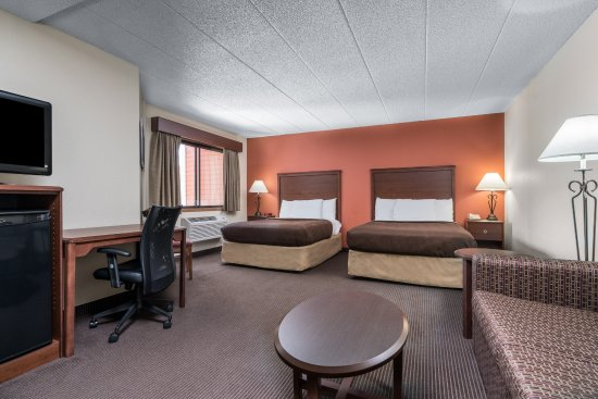 AmericInn Lodge & Suites Tofte - Lake Superior : Family Suite