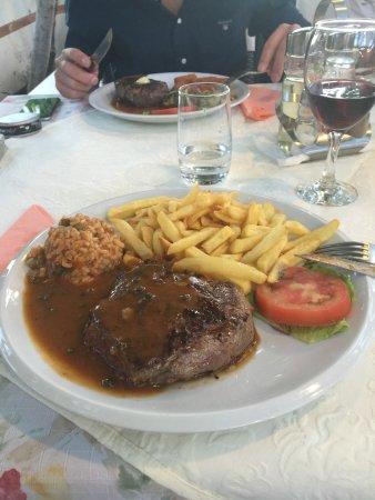 Okrug Gornji, Kroatien: Stor, mør og veldig god pepperbiff