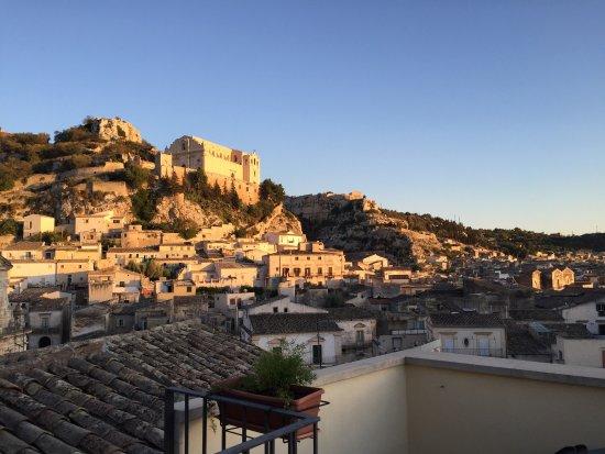 B&B Casa Lucrezia: Vista panoramica dal terrazzino