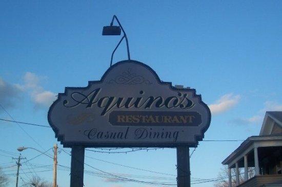 Rome, NY: Aquino's Family Restaurant