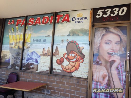 Arvada, CO: Front windows of Restaurant.