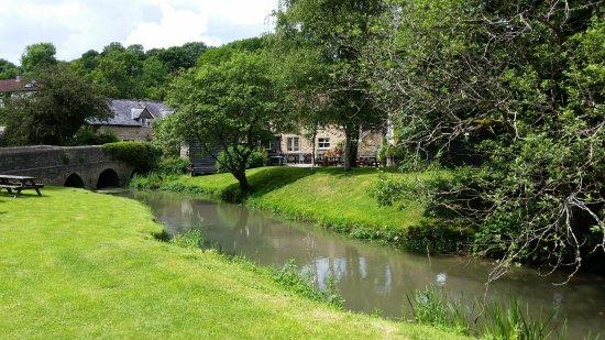 Chippenham, UK: outdoor eating areas