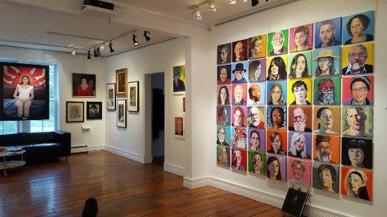 High Falls, estado de Nueva York: Art of Portraiture Group Show