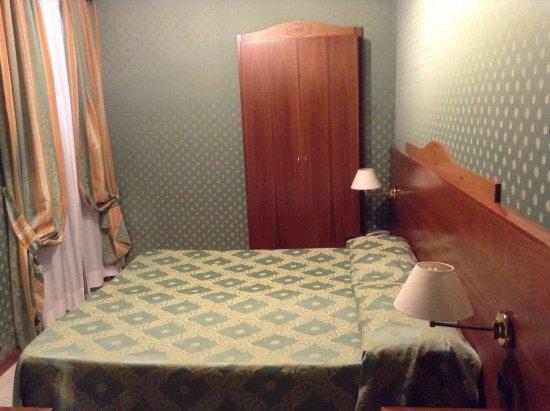 Hotel Contilia: Chambre