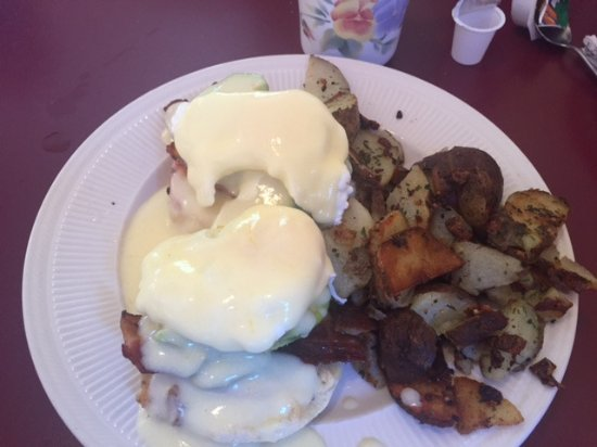 Benny special, Kelly's Cafe,  8256 Island Highway South | Kellybear Market, Fanny Bay,