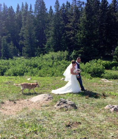 Lovell, WY: Wedding Ceremony