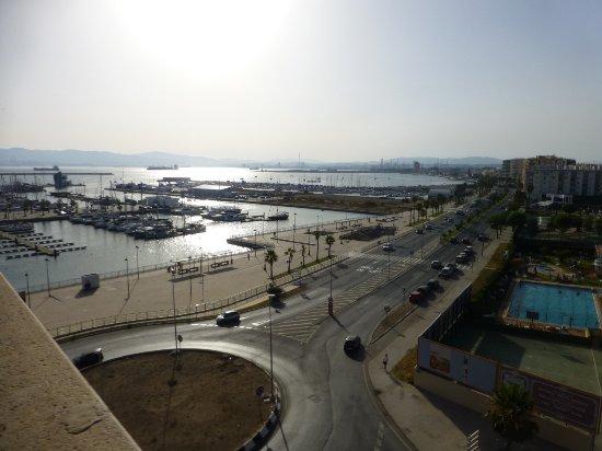 La Linea de la Concepcion, إسبانيا: Blick auf den Hafen