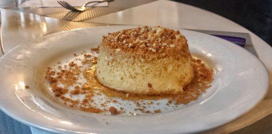 Kremlin Bicetre, Frankrike: Crème caramel fait maison