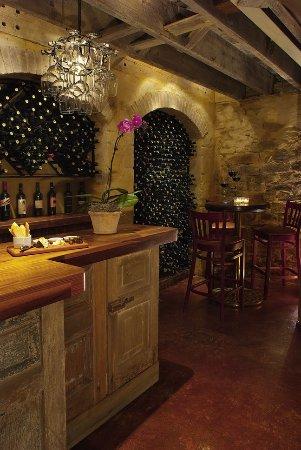 Lambertville, Нью-Джерси: Wine Cellar