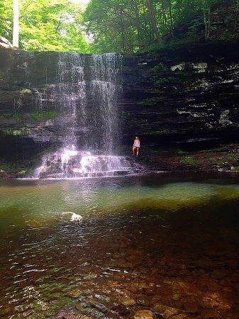 Benton, Pensilvania: Falls Trail