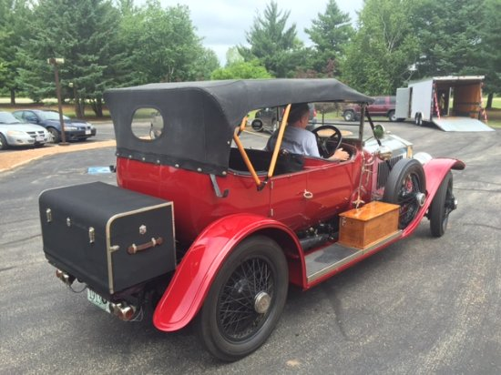 Spring Valley Inn: Antique car club